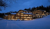 H. Guarda Golf - Winter Night Exterior from the golf course