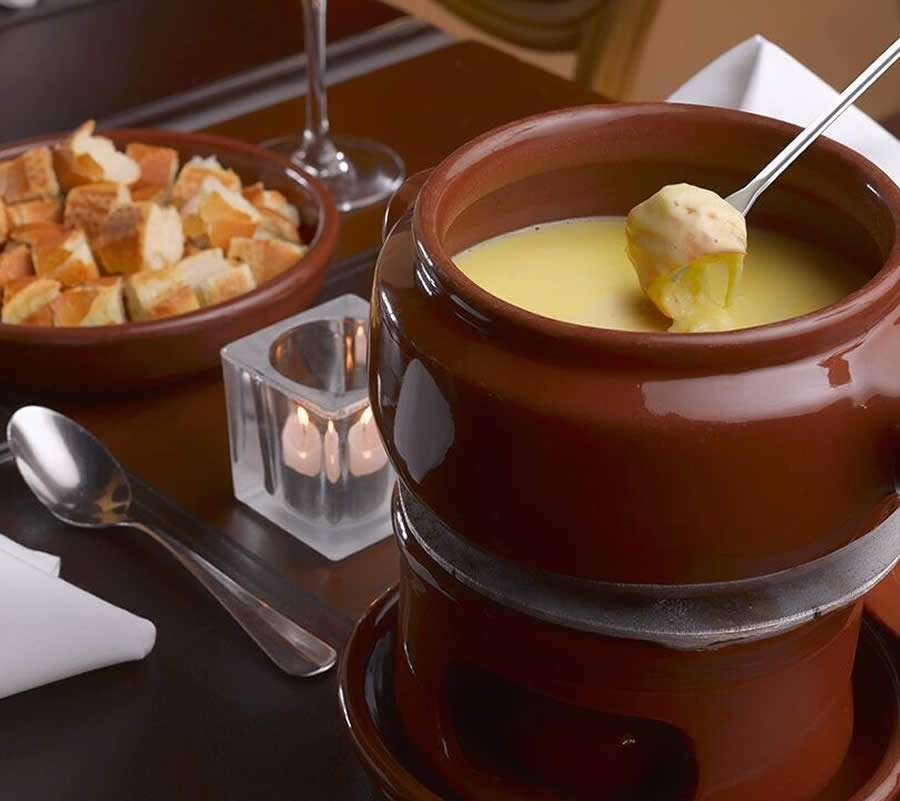 Temporada de Inverno do Royal Palm Plaza - Fondue de Queijo